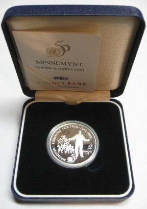 Valør: 50 kr - FN mynten - Årstall: 1995